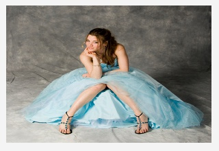 Feminine VIP Mint Prom dress, featuring mesh top and flowing skirt